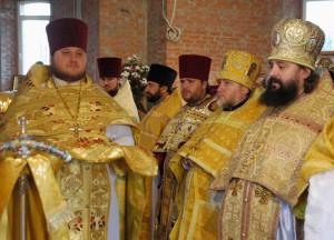 В элитном микрорайоне «Золотые ключи» открыли новый храм в честь святителя Иоанна Златоуста